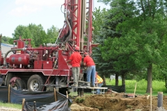 Drilling a geothermal well
